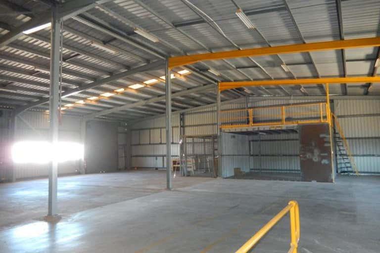 29 Chapple Street Gladstone Central QLD 4680 - Image 3