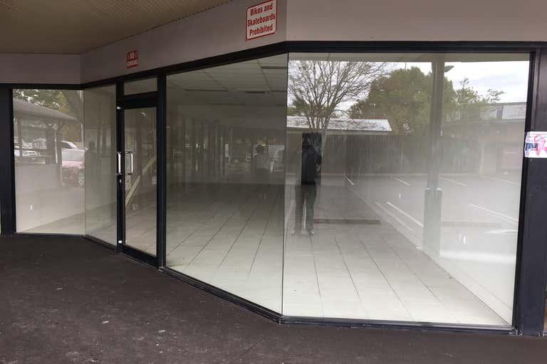 Chinchilla Central - IGA Centre, Shop 2, 46 Middle Street Chinchilla QLD 4413 - Image 1