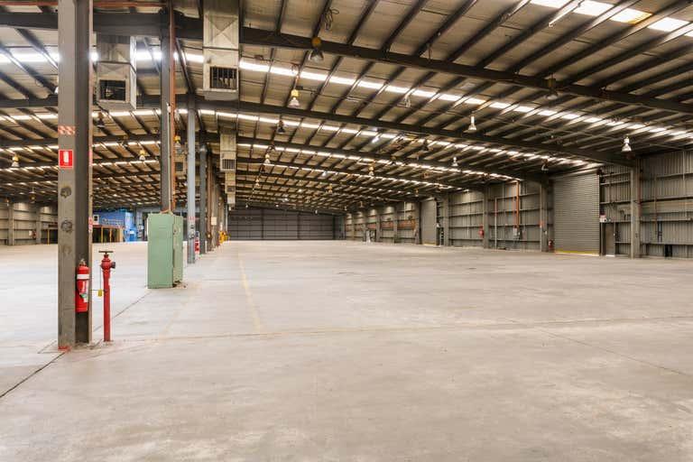 Unit B/931 Garland Avenue Albury NSW 2640 - Image 1
