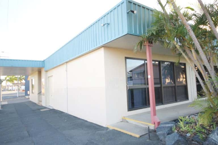 THE WHITE HOUSE, SHOP 1, 99 MUSGRAVE STREET Berserker QLD 4701 - Image 2