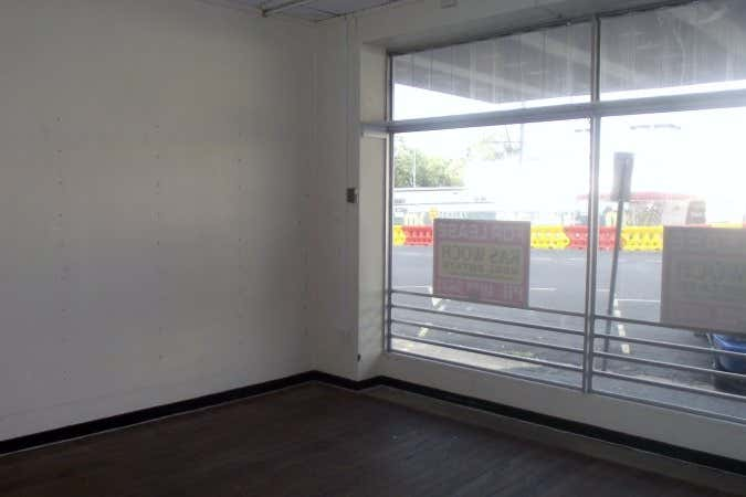 ANZAC HOUSE, 6/6 Archer Street Rockhampton City QLD 4700 - Image 3
