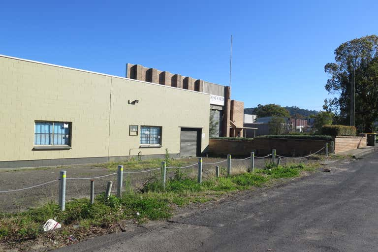 3/12 Young Street West Gosford NSW 2250 - Image 1