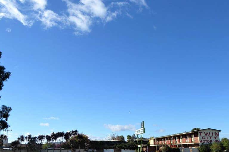 166 Melbourne Rd Wodonga VIC 3690 - Image 3