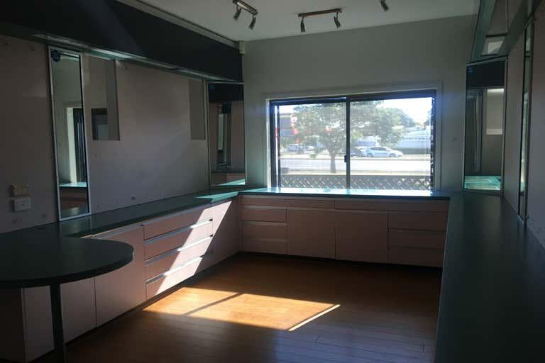 74 Takalvan Street Svensson Heights QLD 4670 - Image 4