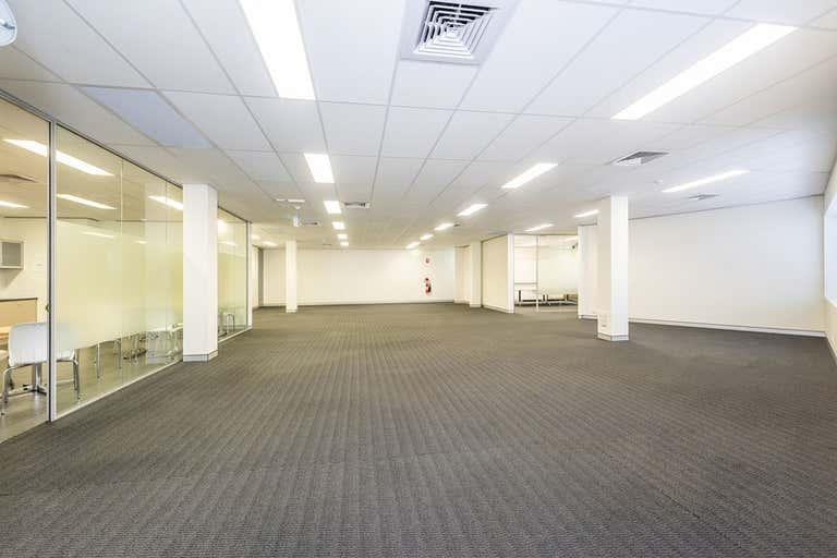 15/162 Colin Street West Perth WA 6005 - Image 4