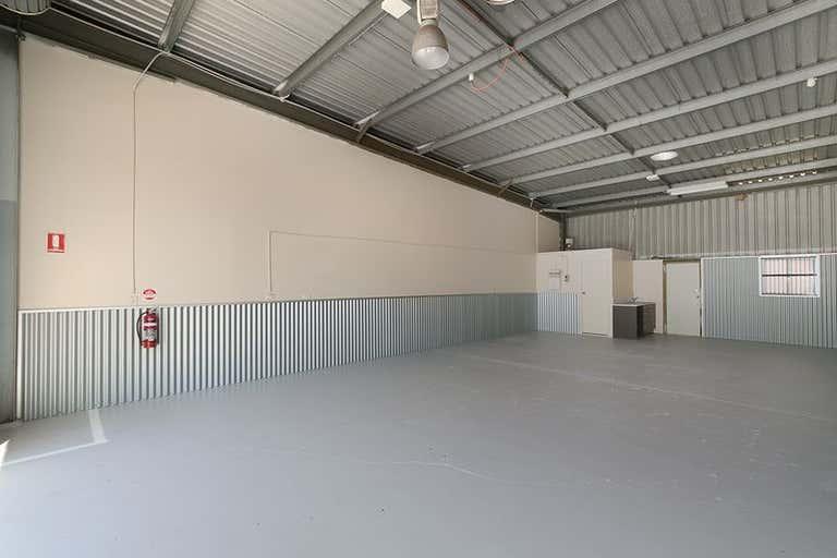 4/4 Lochlarney Street Beenleigh QLD 4207 - Image 3