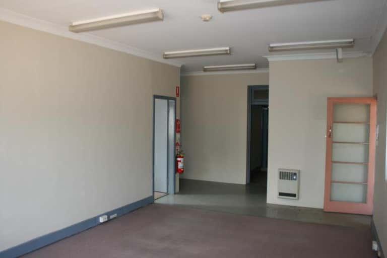 86 Byng Street Orange NSW 2800 - Image 2