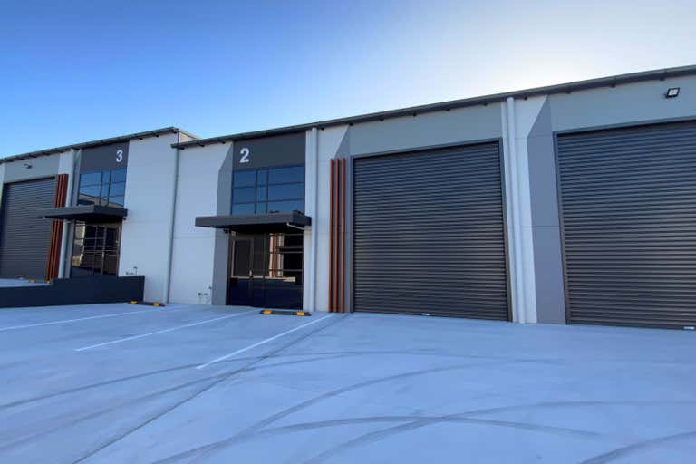 Unit 2, 103 Stenhouse Drive Cameron Park NSW 2285 - Image 1