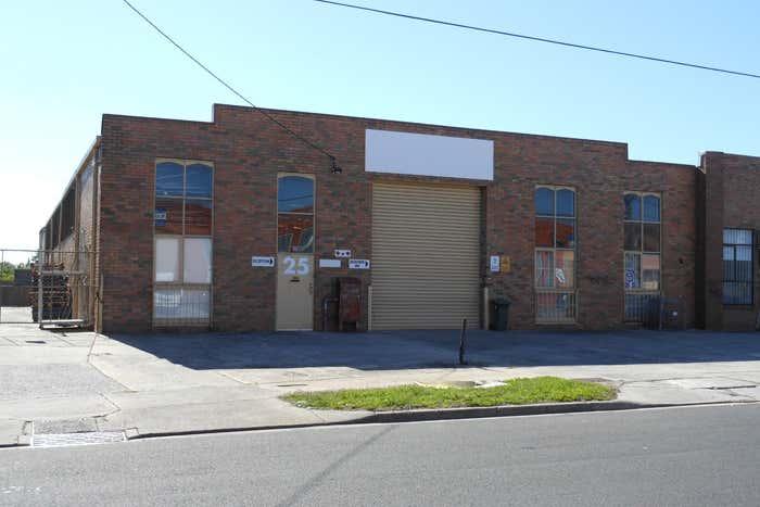 25 Meriton Place Clayton VIC 3168 - Image 1
