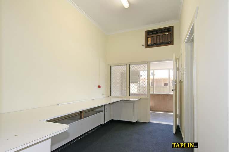 259 Grange Road Findon SA 5023 - Image 2