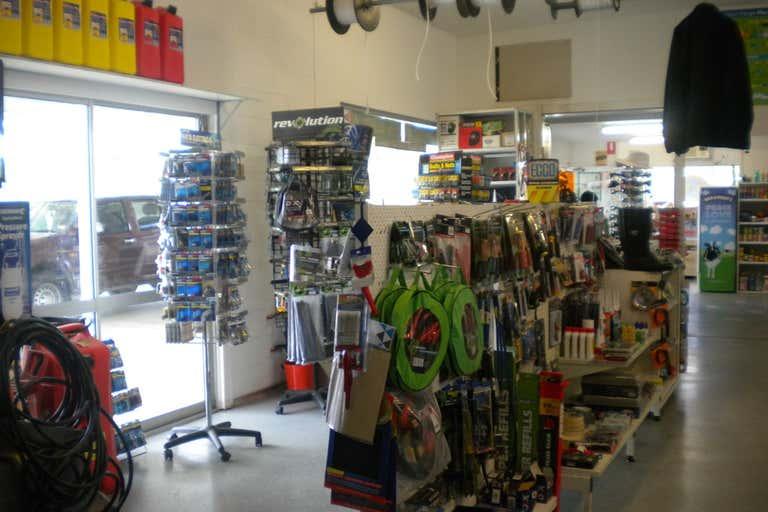 4856 Mackay-Eungella Road Mackay QLD 4740 - Image 1