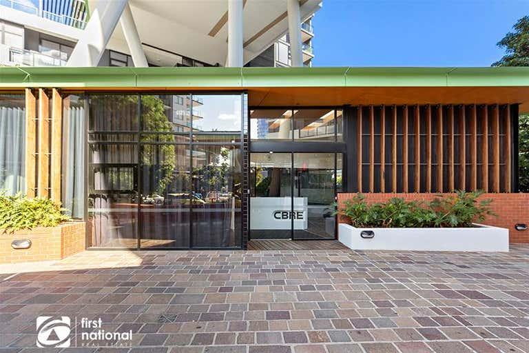1/9 Edmondstone Street South Brisbane QLD 4101 - Image 4