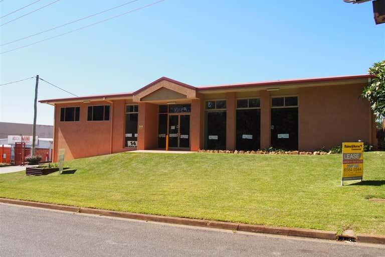 Unit 18, 14 Acacia Avenue Port Macquarie NSW 2444 - Image 2