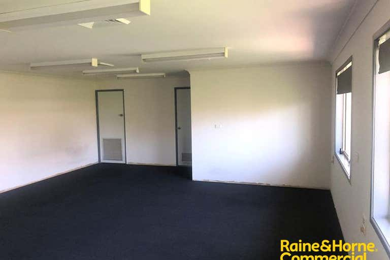 Suite 3, 23 Chamberlain Street Campbelltown NSW 2560 - Image 3