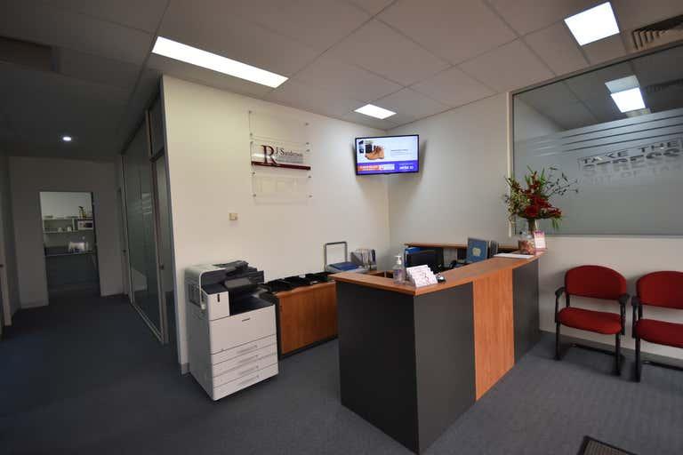 Suite 3/530-540 Swift Street Albury NSW 2640 - Image 2