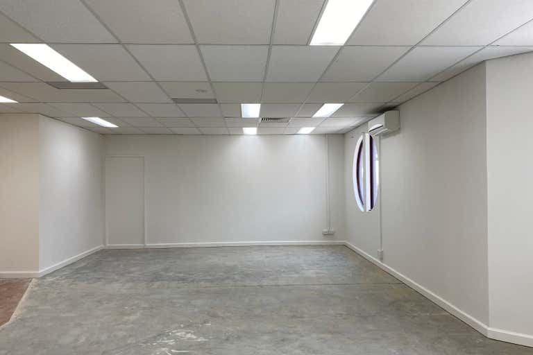 Suite 4, 66 Duporth Avenue Maroochydore QLD 4558 - Image 3