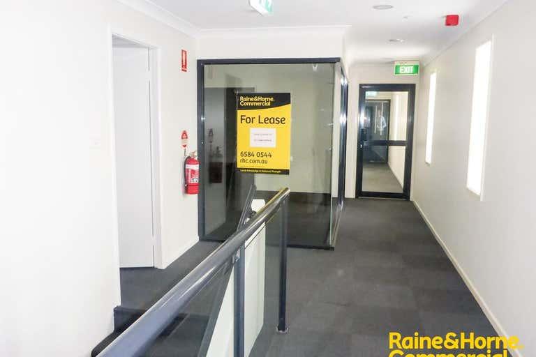 (L) S511 (Lvl 1), 65 Horton Street, Dulhunty Arcade Port Macquarie NSW 2444 - Image 2