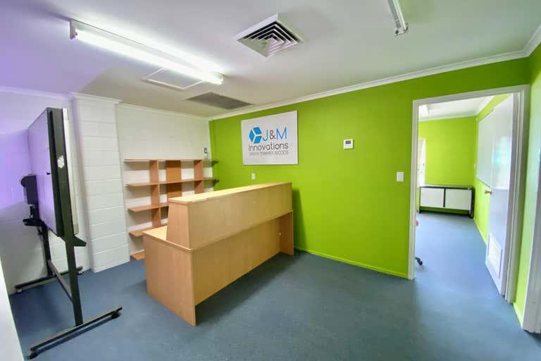 1/36 Lawrence Drive Nerang QLD 4211 - Image 2