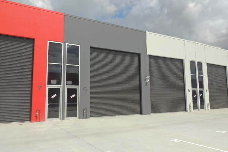 6/27 Motorway Circuit Ormeau QLD 4208 - Image 2