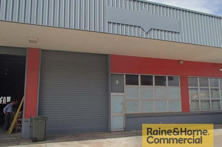 9/28 Bangor Street Archerfield QLD 4108 - Image 1
