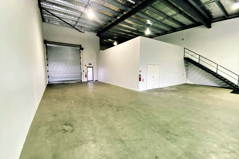 Unit 2/4-8 Old Pacific Highway Yatala QLD 4207 - Image 4