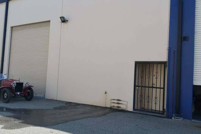 3/2 Mulgul Road Malaga WA 6090 - Image 4