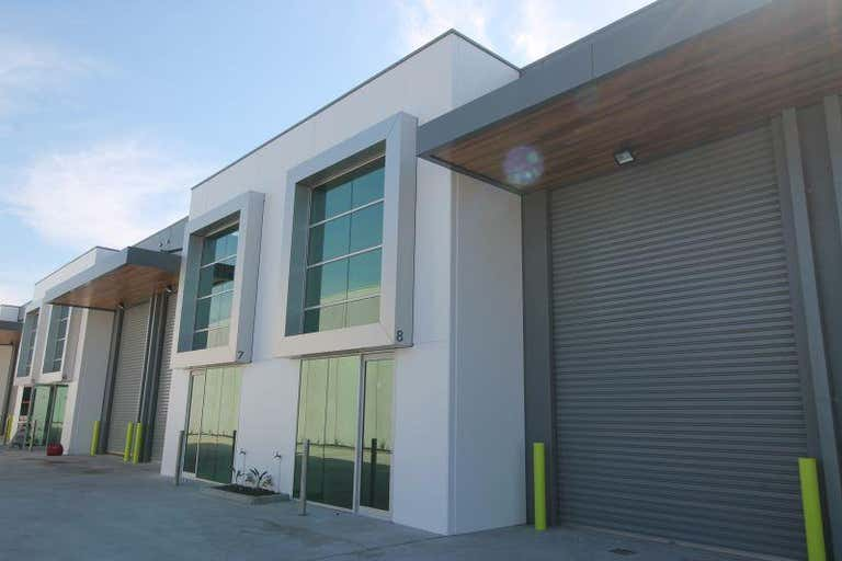 Unit 6, 14 Commercial Drive Pakenham VIC 3810 - Image 3