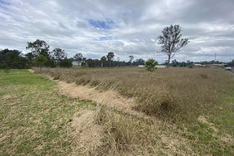 11/24 Adonus Close Trenayr NSW 2460 - Image 2