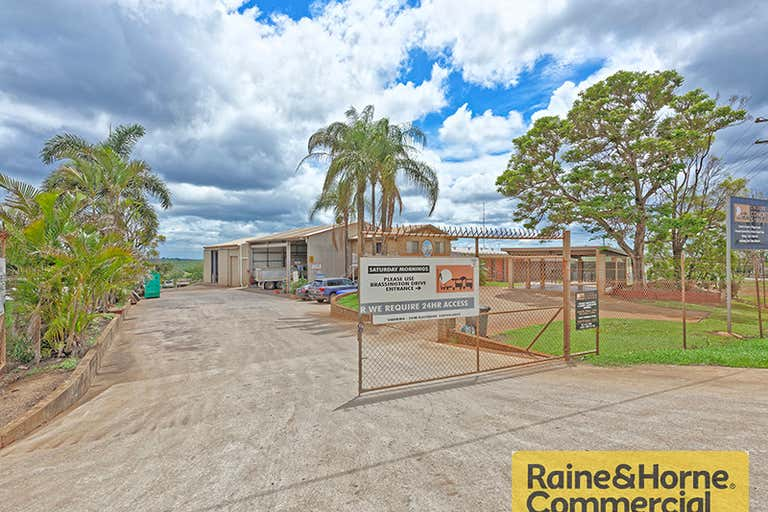28672 Bruce Highway Childers QLD 4660 - Image 4