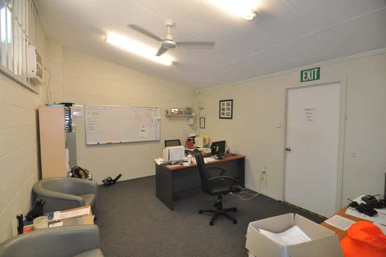 Unit 1, 45 Plume Street South Townsville QLD 4810 - Image 4