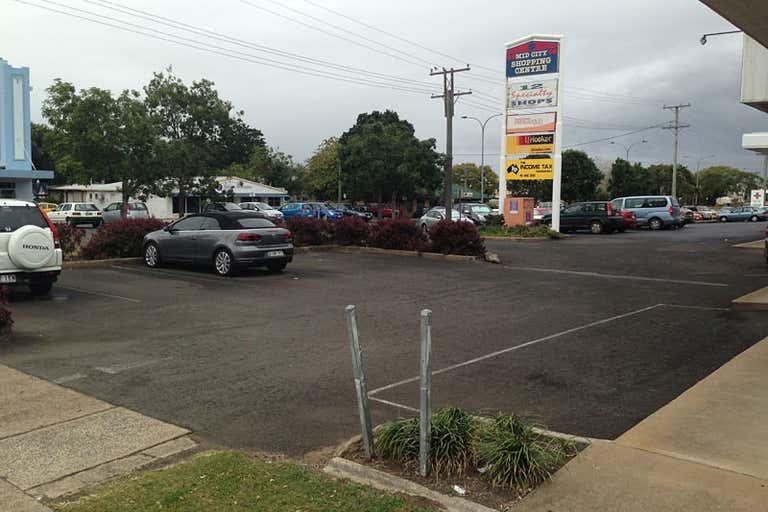 9/9 Maryborough Street Bundaberg Central QLD 4670 - Image 2