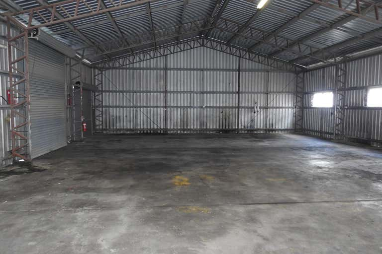 1/105 Archibald Street Paget QLD 4740 - Image 2