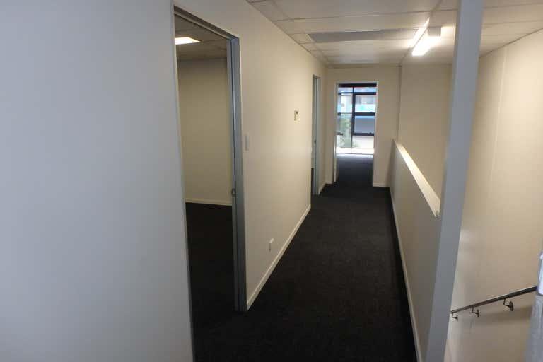 4b/12 Bimbil Street Albion QLD 4010 - Image 4