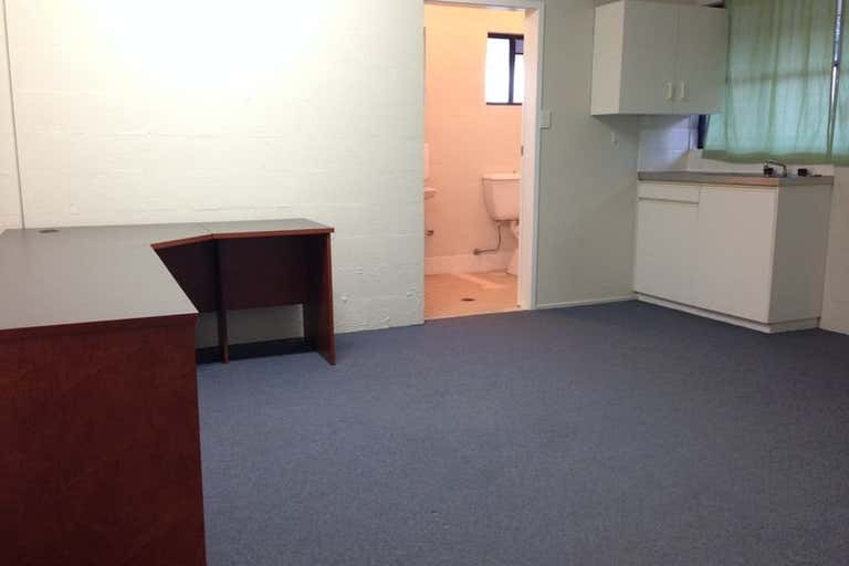 2/15 Channon Street Gympie QLD 4570 - Image 4
