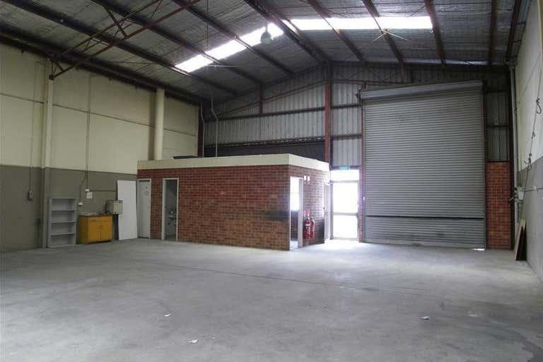 4/8 Wentworth Court Thomastown VIC 3074 - Image 3
