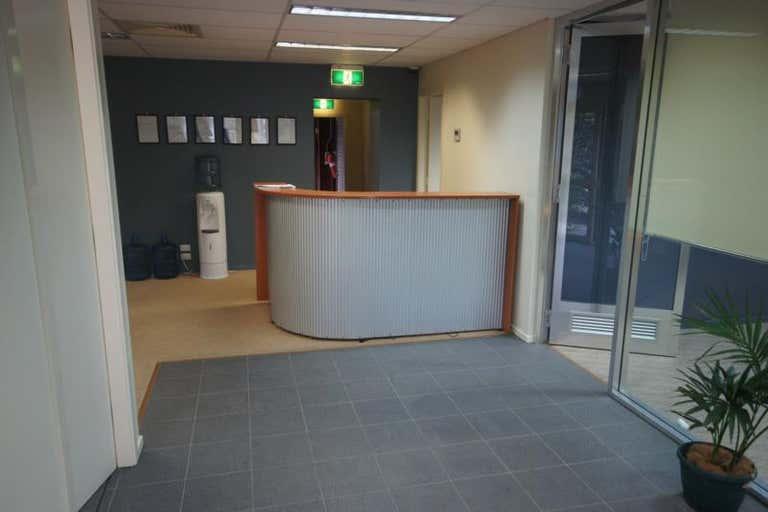 31 Newcastle Drive Toormina NSW 2452 - Image 4