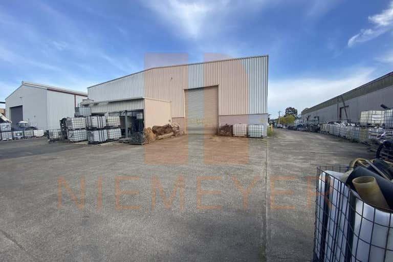12 Kerr Road Ingleburn NSW 2565 - Image 4