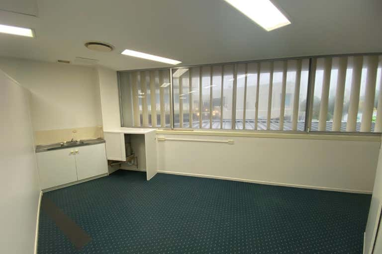 1a/ 45-47 Minchinton Street Caloundra QLD 4551 - Image 3