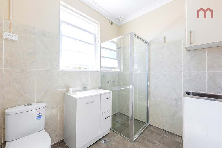 3/352 Guildford Road Guildford NSW 2161 - Image 4