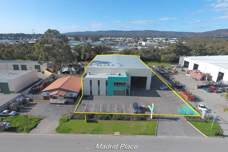 14 Madrid Place Maddington WA 6109 - Image 2