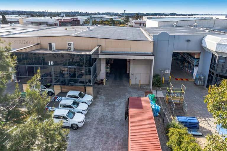 Unit 2, 10 Enterprise Circuit Prestons NSW 2170 - Image 1