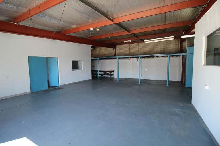33 Planthurst Road Carlton NSW 2218 - Image 2