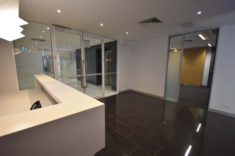 Part Suite 3, Level 1, 576 Kiewa Street Albury NSW 2640 - Image 1