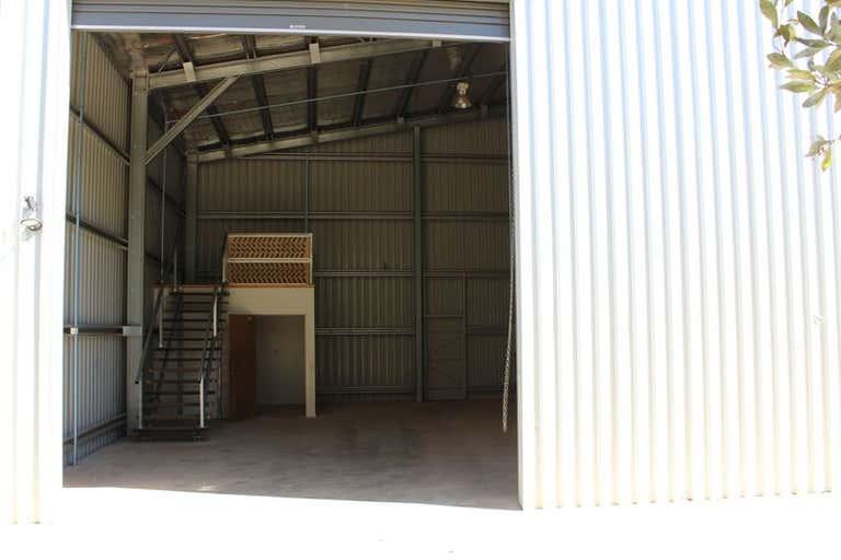 Unit 3/19 Croft Crescent Harristown QLD 4350 - Image 2