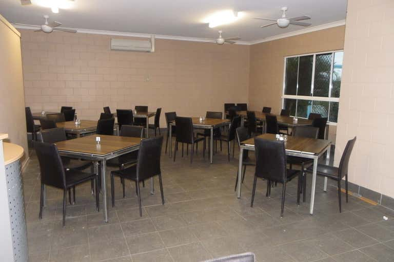 2/36 William Street Kilcoy QLD 4515 - Image 4