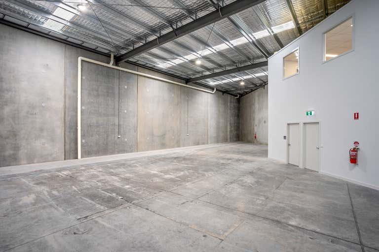 4/40 Saunders Street North Geelong VIC 3215 - Image 2
