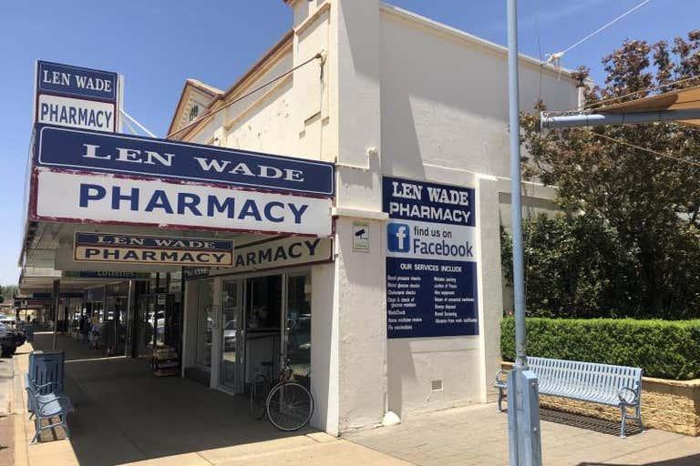 Whole, 76 Pine Avenue Leeton NSW 2705 - Image 2