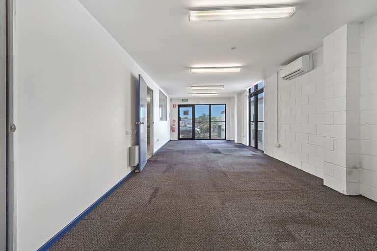 6/50 Neon Street Sumner QLD 4074 - Image 3