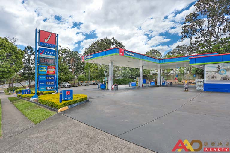 Indooroopilly QLD 4068 - Image 2
