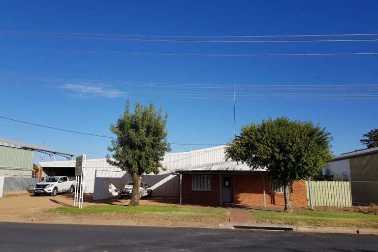 5 Macquarie Drive Narromine NSW 2821 - Image 4